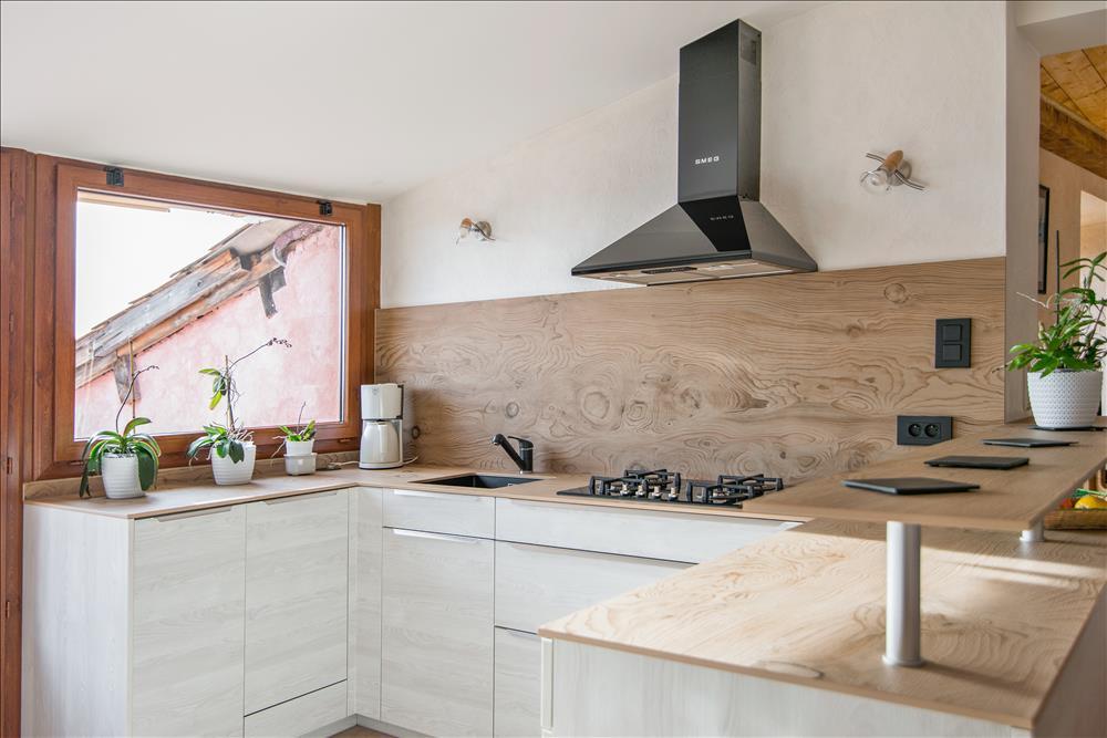 cuisine blanche et bois moderne